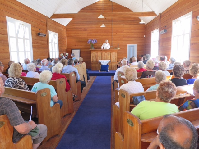 A full Church for the Sunday Service of Thanksgiving